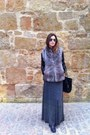 Zara-jacket-rayban-sunglasses-zara-skirt-sintesis-vest