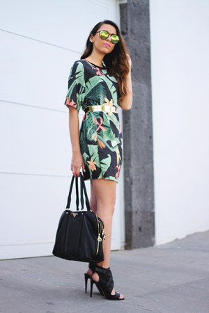 green jersey Bershka dress - black leather Prada bag
