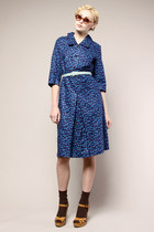 Navy-floral-day-1950s-dress