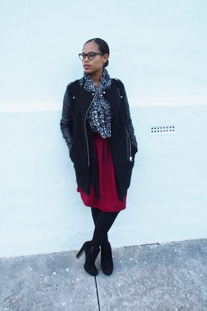 black romwe coat - heather gray Express scarf - ruby red Sheinside skirt