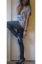 charcoal gray Forever 21 jeans - blue suede Bakers heels - silver Forever 21 top