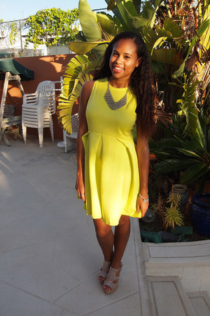 lime green romwe dress - nude BCBGeneration heels