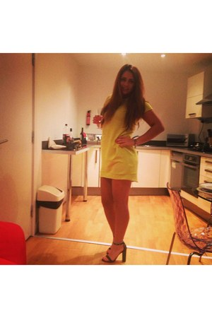 yellow Topshop dress - black studded detail Zara shoes