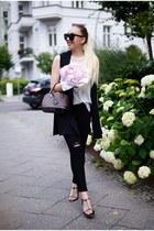 black black Primark vest