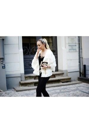 off white fringe H&M cardigan - black coated H&M jeans - black asos flats