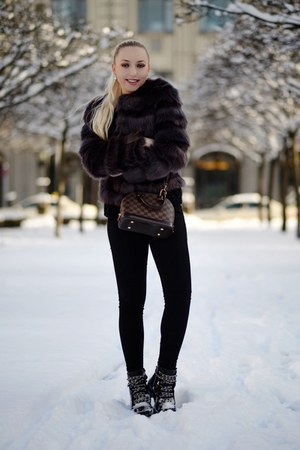 puce faux fur Juicy Couture jacket