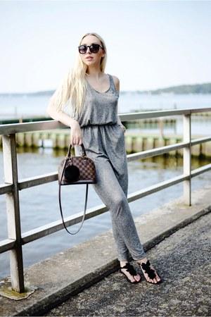 heather gray H&M bodysuit