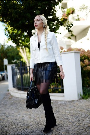black leather H&M skirt - black suede Zara boots