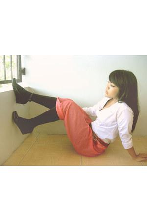 black cocopink tights - white METTA blouse - salmon DIY skirt skirt