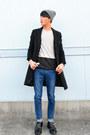 Black-sidegore-dr-martens-boots-black-black-urban-research-coat