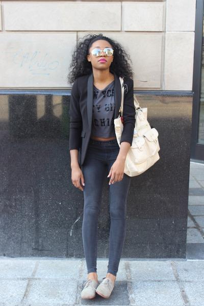 H&M leggings - Dolce Vita shoes - H&M blazer - Express t-shirt