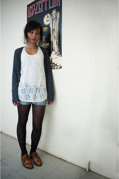c166f00eda8 black tights - jeans - white top - silver cardigan - brown shoes