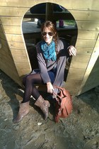 cotton H&M t-shirt - leather Zara boots - Only blazer - leather 5th Avenue bag