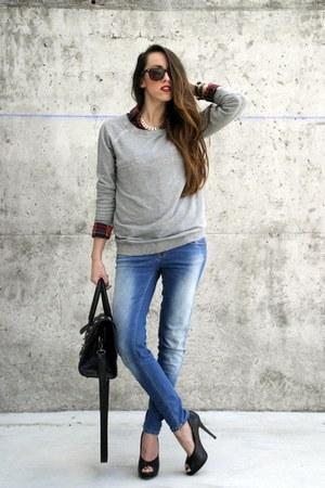 Zara jeans - Choies shirt - OASAP bag - Bershka heels