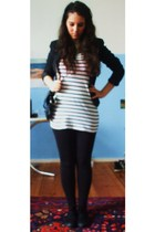 H&M leggings - H&M t-shirt - H&M shoes - Vero Moda blazer - Zara accessories