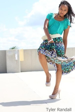green skirt - teal shirt