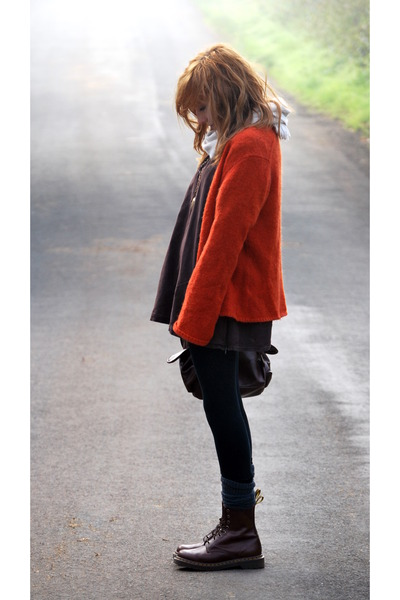 brown Mums dress - black Mums leggings - orange Mums cardigan - brown website i