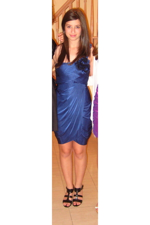 blue BCBGMAXAZRIA dress - black Via Spiga shoes