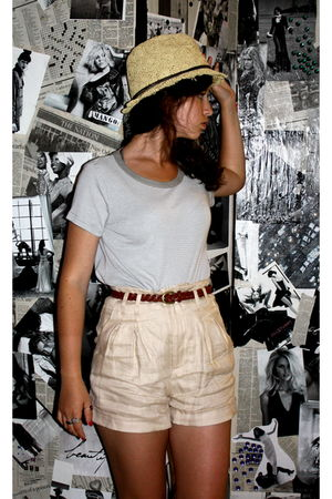 beige Lucky Brand hat - gray Micheal Stars shirt - beige Forever 21 shorts - sil