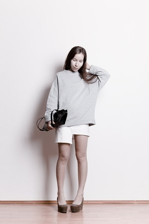 black vintage bag - silver united colors of benetton sweatshirt