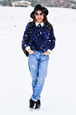Vinatge sweater - H&M boots - Zara hat - Vinatge shirt - vintage bag