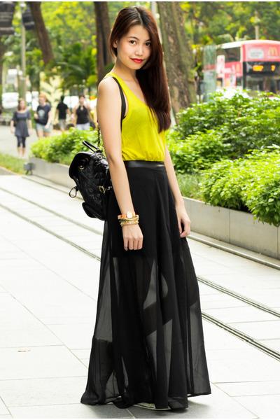 Forever 21 skirt - Metrocity bag - H&M top - vera wang bracelet