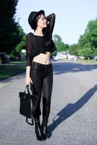 black Zara boots - black Topshop jeans - black Forever 21 hat - black Zara bag