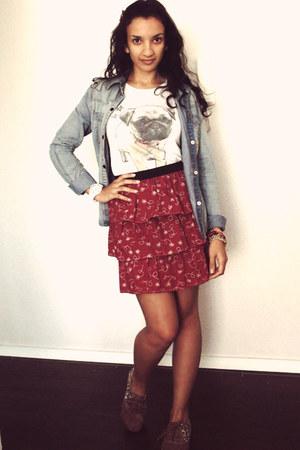 ruby red floral print TamyB skirt - sky blue denim shirt Marisa shirt