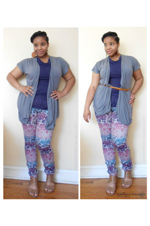 deep purple cowl neck top - amethyst skinny jeans - light brown straps sandals