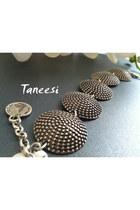 Taneesi-bracelet