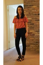 salmon top - black pants - black chunky heel Steve Madden sandals