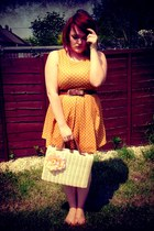 borrowed from my sister dress - Primark bag - vintage belt