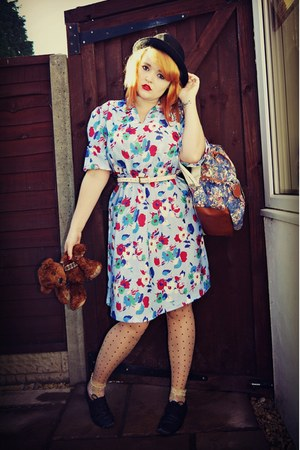 sky blue floral vintage dress - black Forever21 shoes - black Clothes Show hat