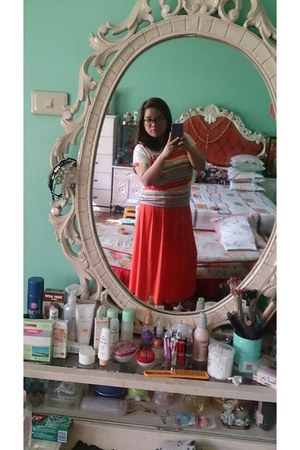 carrot orange skirt