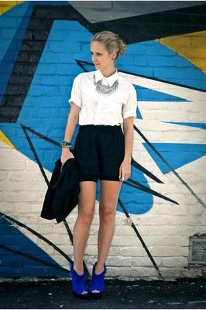 B2 heels - thrift shirt - wilfred shorts