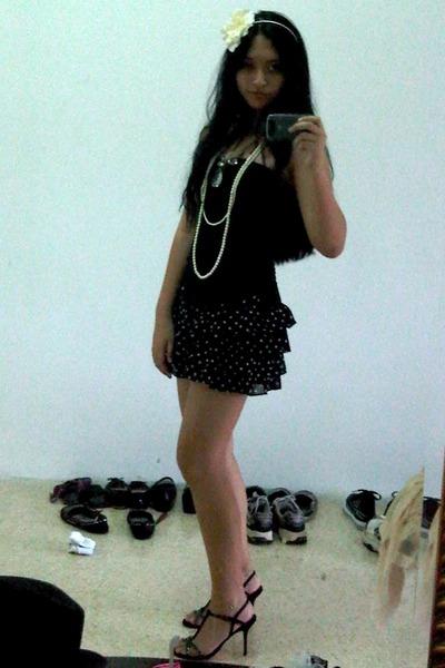 black Bebe top - black yellow line skirt - black Dolce & Gabbana shoes - white A