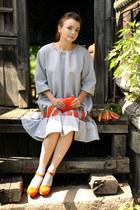 carrot orange Pierre Dumas shoes - silver Tanya Tur dress