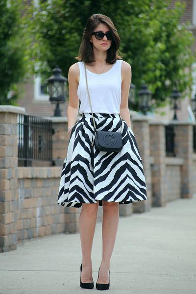 Express skirt - Gucci bag - Giuseppe Zanotti heels