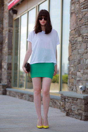 herve leger skirt - Juicy Couture sunglasses - Gucci heels