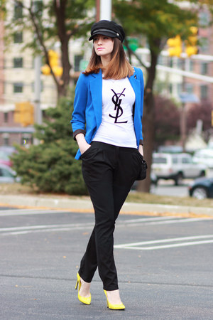 Aqua blazer - Yves Saint Laurent t-shirt - Gucci pumps