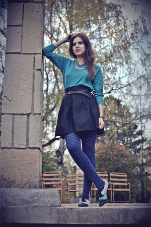 skirt - shoes - necklace - belt - blouse