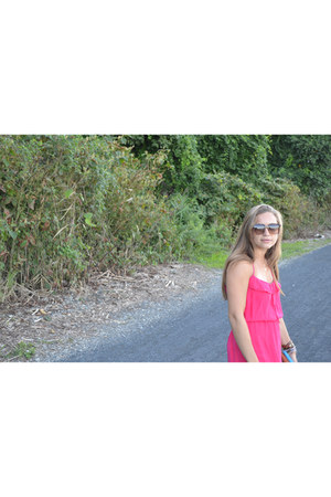 Abas wallet - Parker dress - theirry lasry sunglasses - Chan Luu bracelet