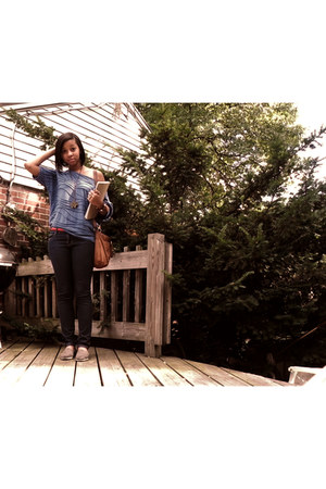 blue Forever 21 shirt - heather gray TOMS shoes - blue Forever 21 jeans