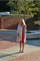 beige la vintage jacket - white H&M dress