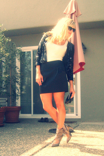 H&M coat - Forever 21 top - Forever 21 skirt - shoes - Forever 21 accessories