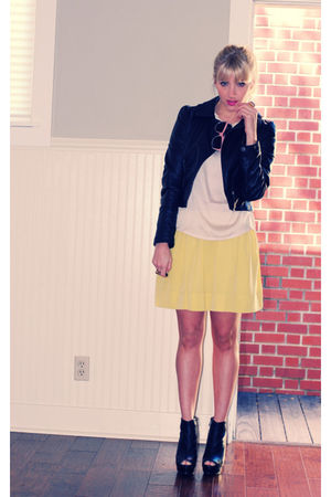 yellow Forever 21 shirt - black H&M jacket - black Bebe shoes