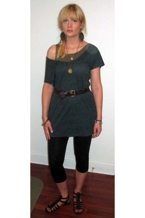 black Target leggings - bronze Forever 21 earrings - dark green Urban Outfitters