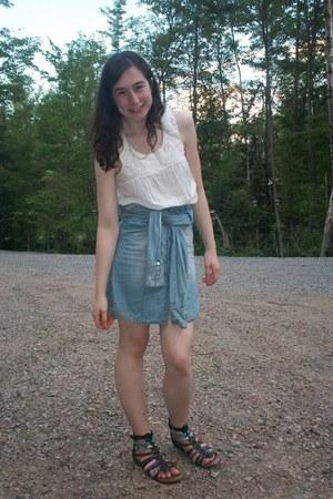 sky blue shirt-tied Walmart skirt - off white floral bib Old Navy shirt