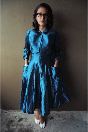 white jelly handbag H&M bag - navy vintage dress Elizabeth Thorne dress