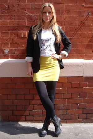 black Carvela boots - green H&M skirt - white Vogue t-shirt - black Topshop blaz